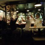 Darters aan de bar